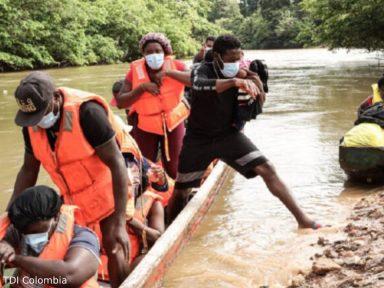 Un bebé desaparecido y 3 migrantes muertos deja naufragio de Colombia a Panamá
