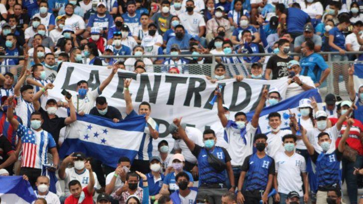 FIFA castiga a Honduras con multa y cierre parcial del estadio Olímpico por gritos homofóbicos