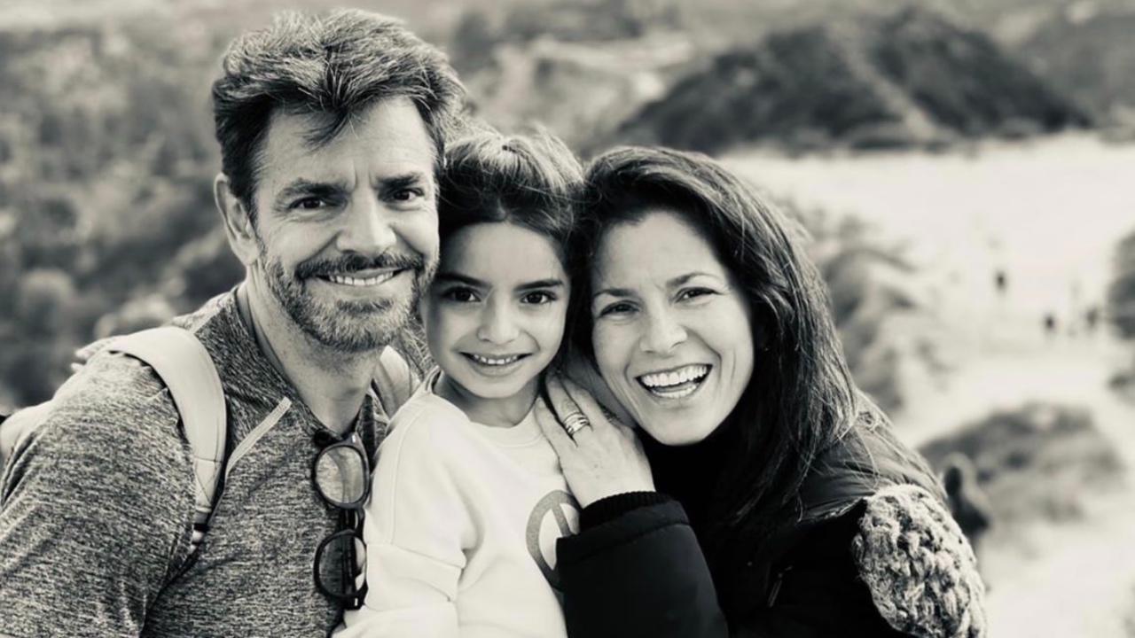 'Óigame no', Eugenio Derbez le muestra a su hija Aitana cada uno de sus personajes