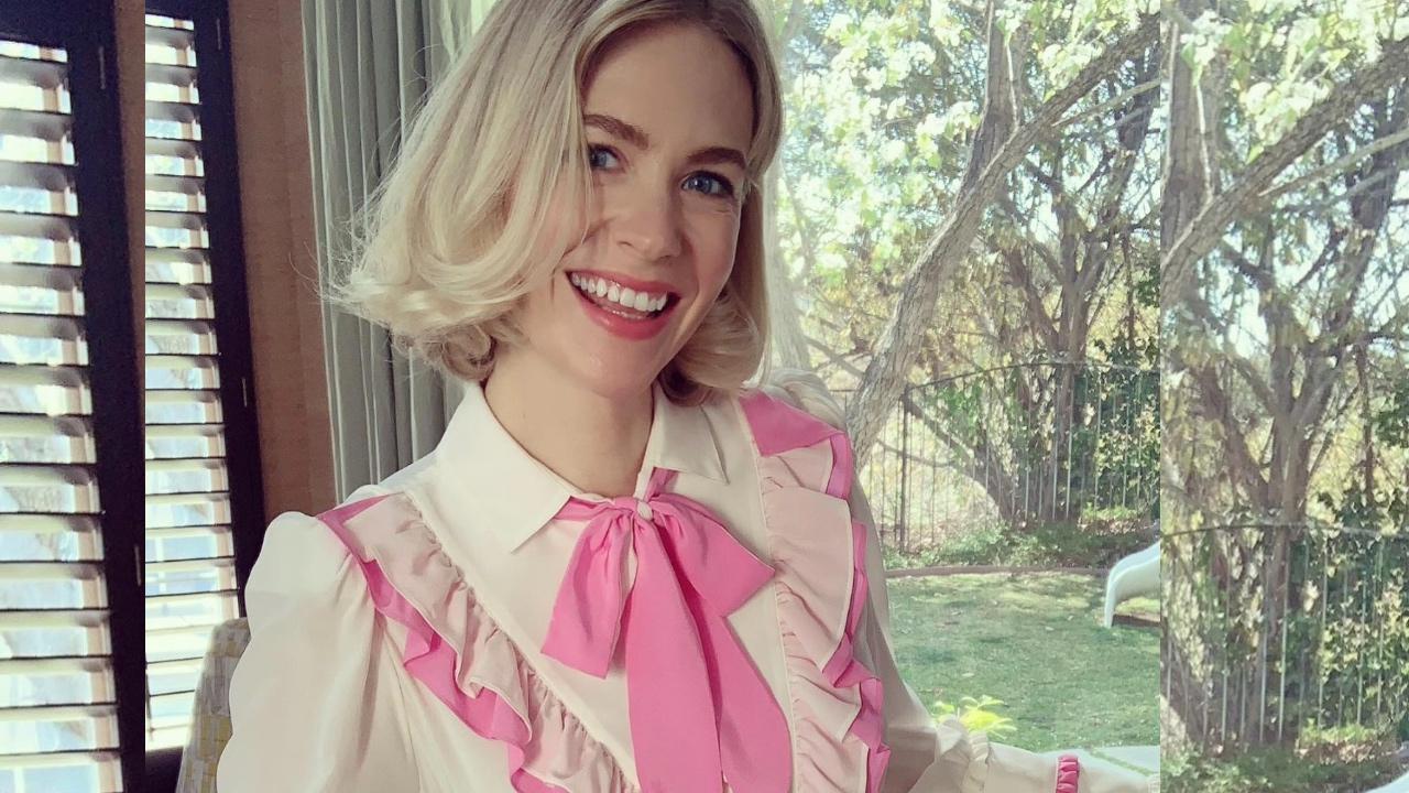 """""""Y todavía me cabe"""": January Jones repitió el vestido que usó hace 10 años en los Golden Globes"""