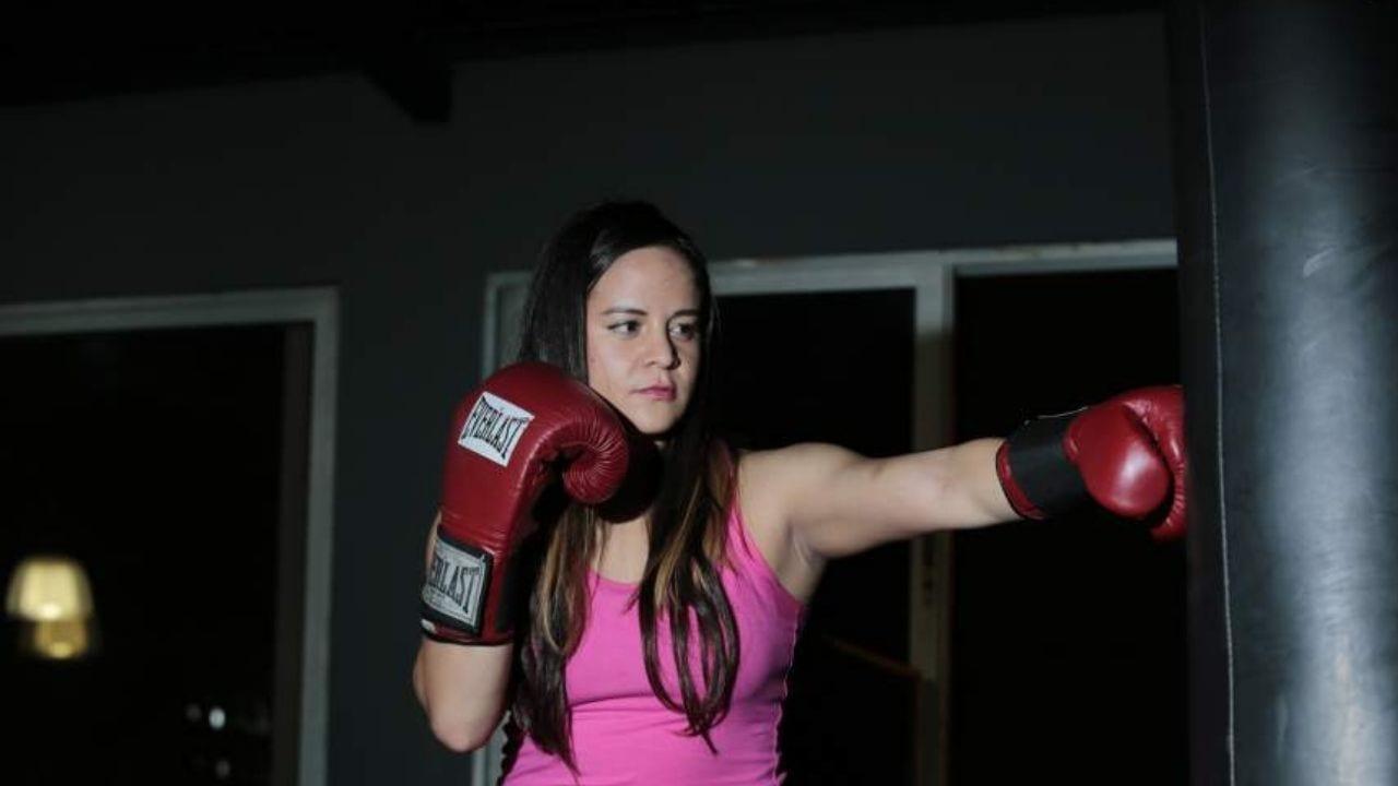 Angela Miranda, boxeadora hondureña, analiza la pelea entre Teofimo y Lomachenko