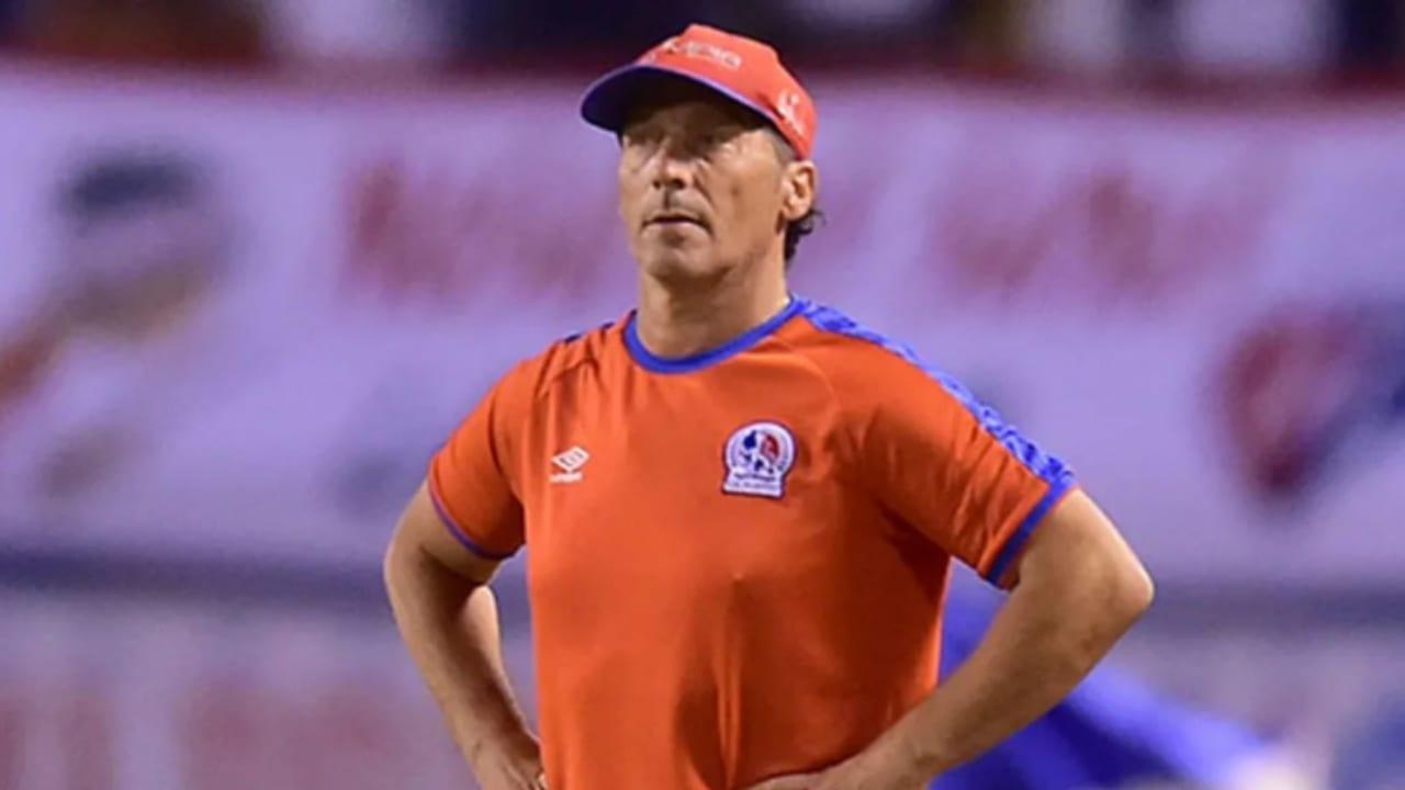 Pedro Troglio aclara los rumores que lo vinculan con la selección de Chile