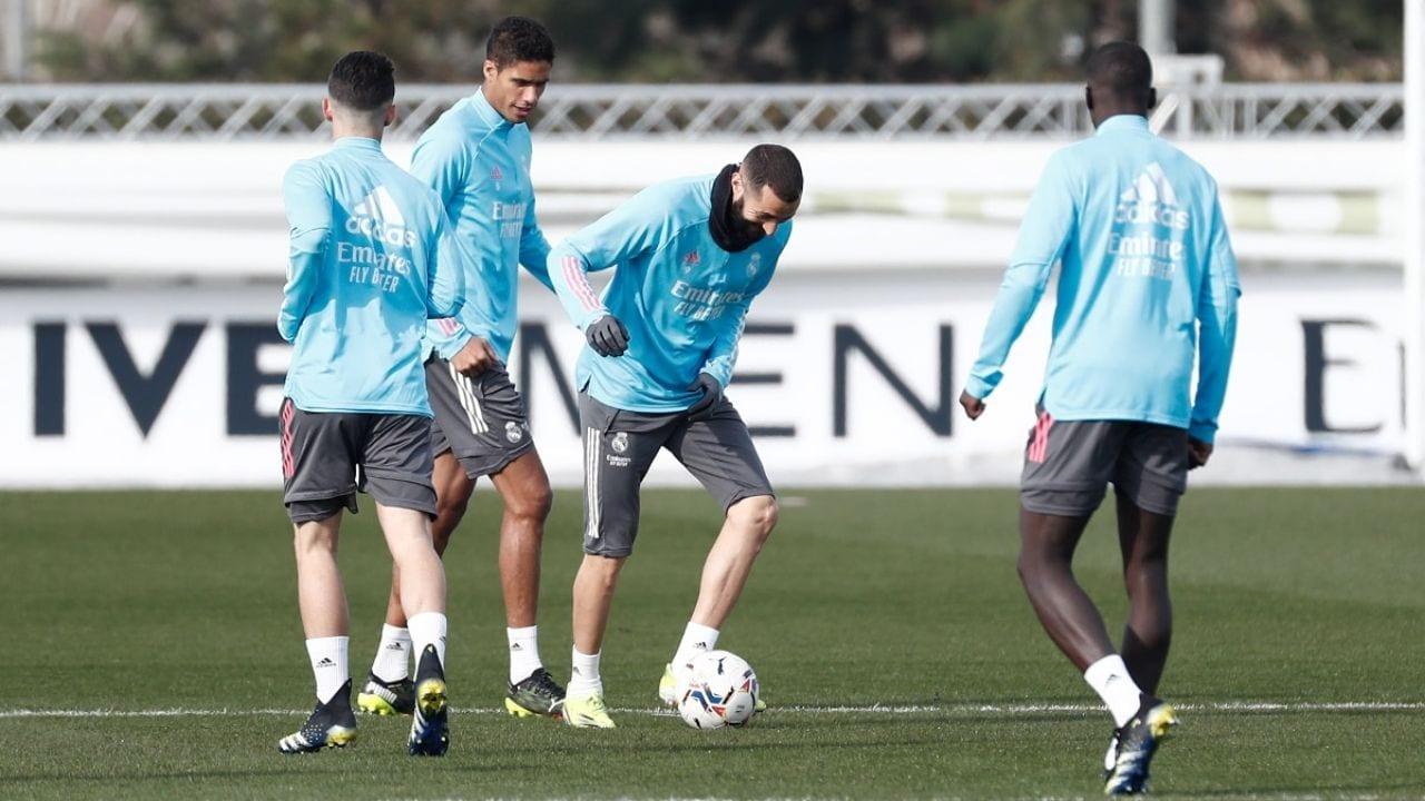 Benzema descartado para la ida de octavos de Champions League