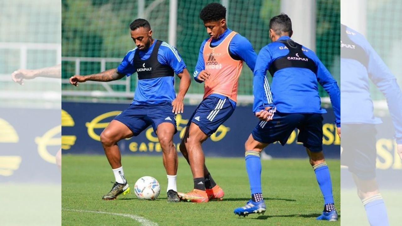 Choco Lozano regresa a los entrenamientos del Cádiz