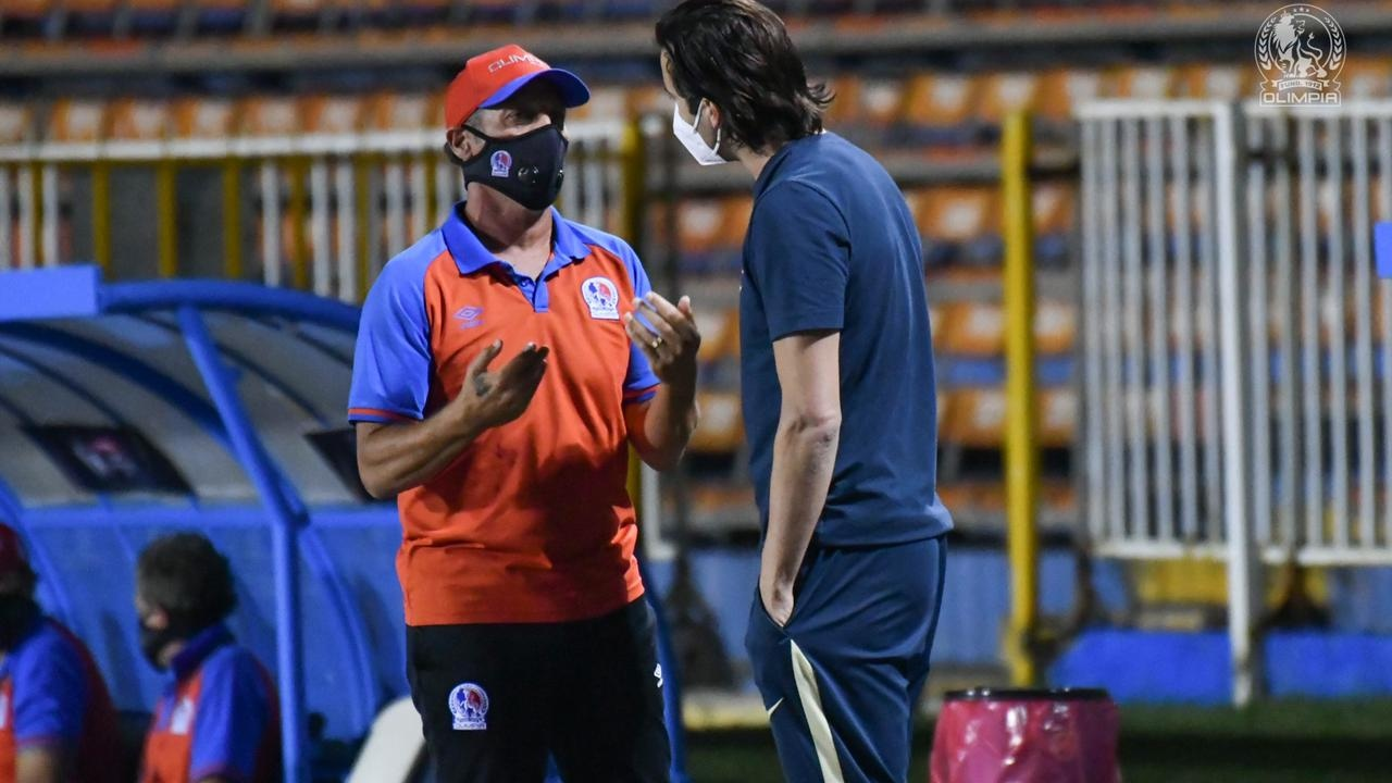 Pedro Troglio: Estuvimos a la altura del rival, la dificultad de remontar es grande, pero no imposible