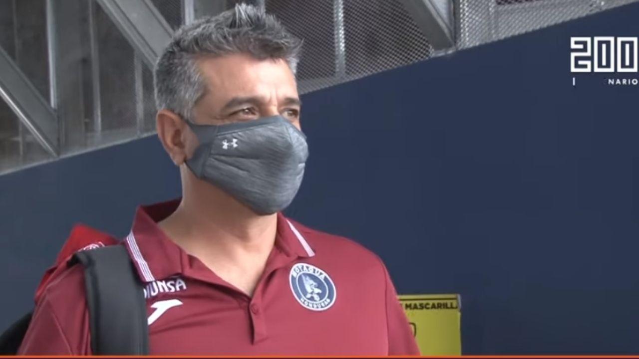 Diego Vázquez destaca las fortalezas del Universitario, pero confía en sellar el pase en casa
