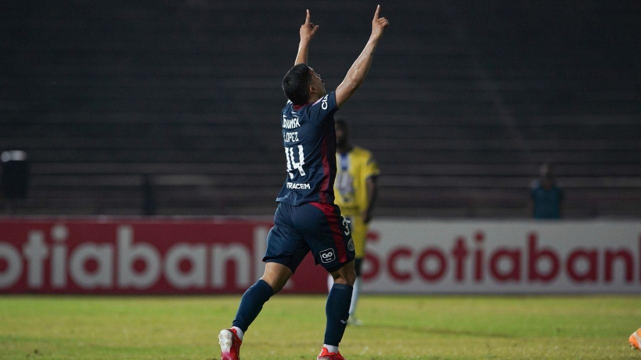 Motagua rescató un empate ante la U de Panamá con un Kevin López inspirado