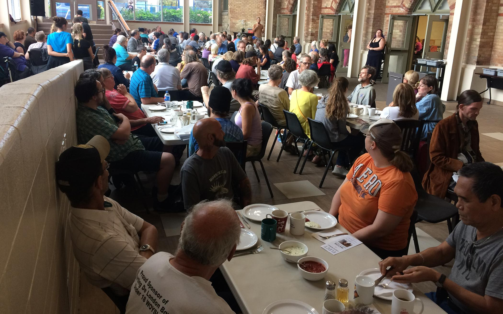 Churches Host Election Discussion: 'What Would Your Vision as a Response to Poverty Be?'