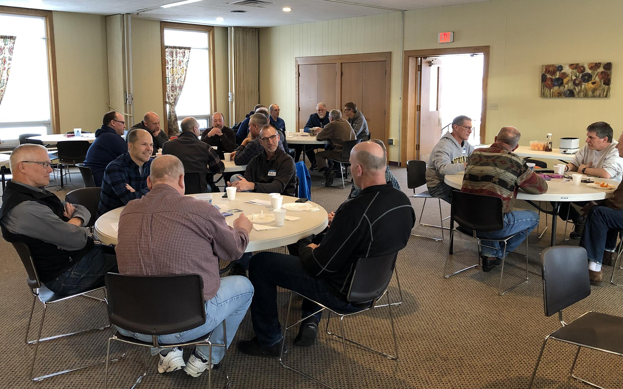 Focus on Scripture, Discipleship Builds Leaders in Hudsonville, Mich.