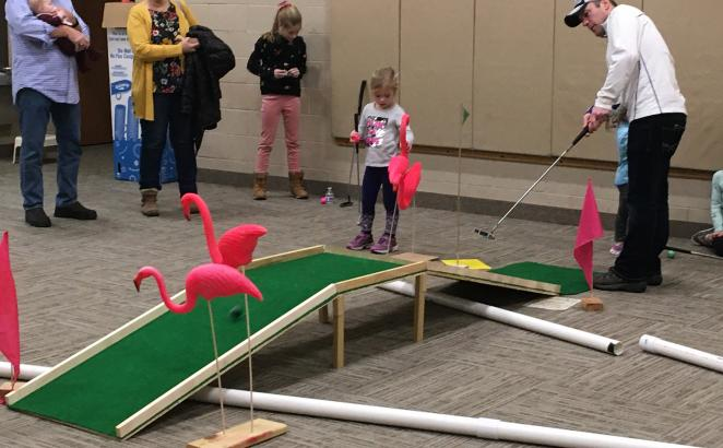 Michigan Church Converts Building Into Miniature Golf Course for Winter Fun Outreach Event