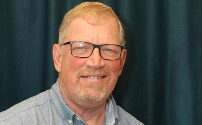 Cecil Van Niejenhuis to Retire From Pastor Church Resources