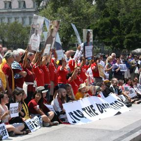 Hundreds of faith leaders and immigration activists participated in a protest in front of the White House on July 31, 2014.