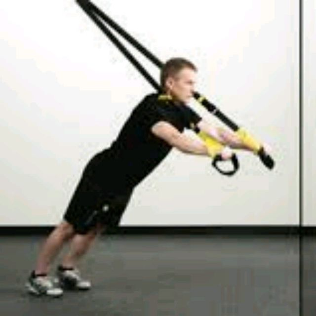 How to do: TRX ROLLOUT/ PUSHUPS - Step 4
