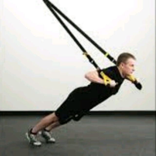 How to do: TRX ROLLOUT/ PUSHUPS - Step 3