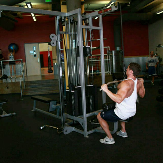 How to do: Wide-Grip Lat Pulldown (custom) - Step 2