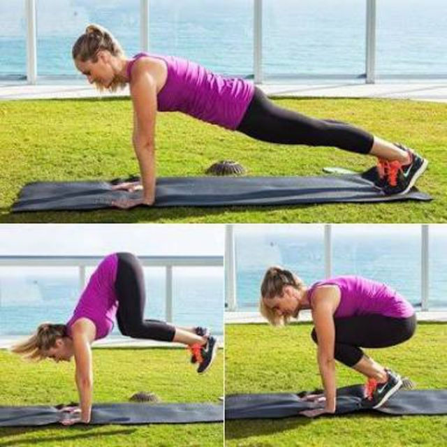How to do: Plank Tuck In And Out - Step 1