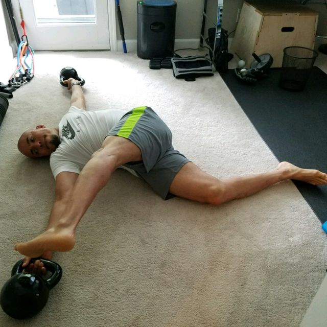 How to do: Lying Pendulum Side Kicks - Step 1