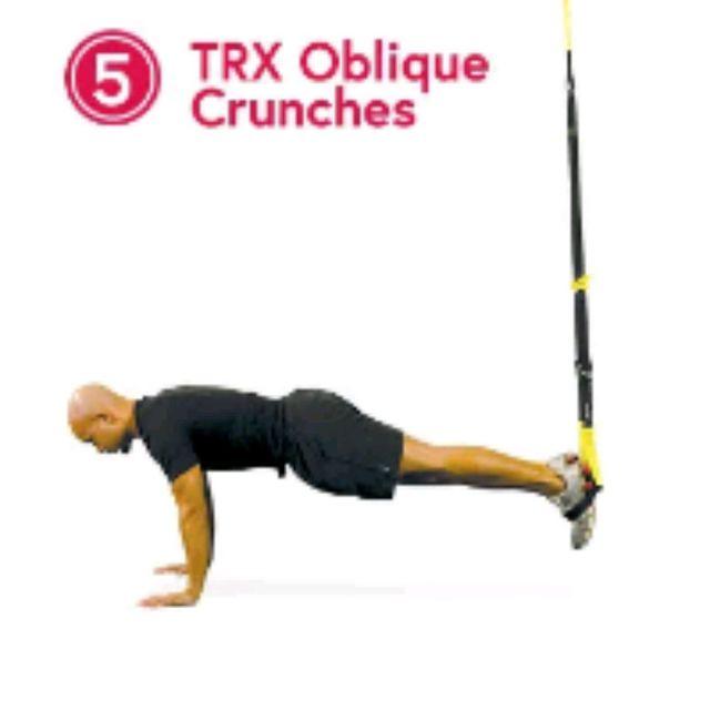How to do: TRX Oblique Crunches - Step 1