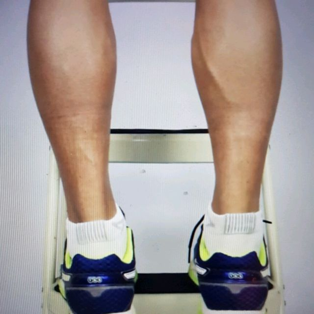 How to do: ECCENTRIC SINGLE LEG CALF RAISE - Step 15