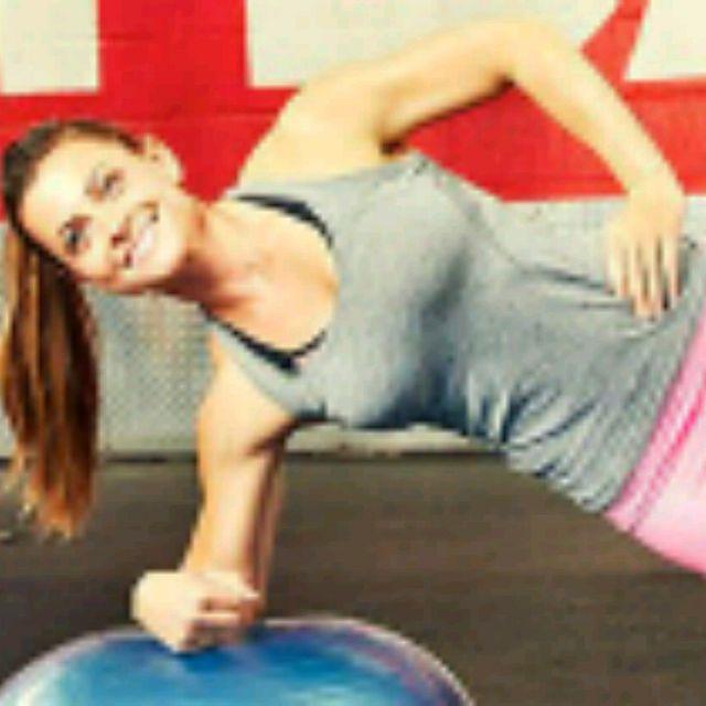 How to do: Bosu Left Side Plank Balance - Step 1