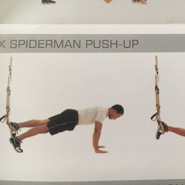 How to do: TRX Spiderman Pushup - Step 1