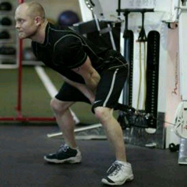 How to do: CM Between Legs Pull Through - Step 3