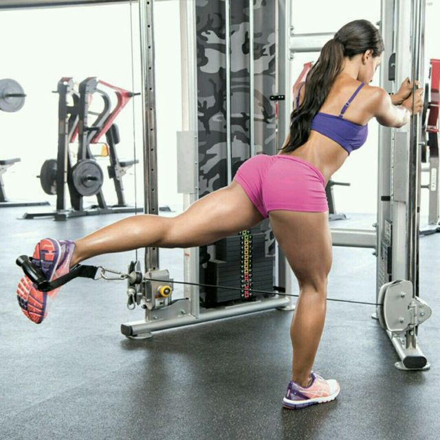 How to do: CM Glute Kickbacks - Step 1