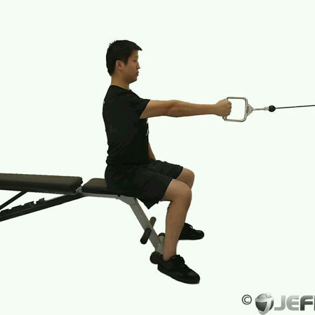 How to do: CM One Arm Seated Row - Step 1