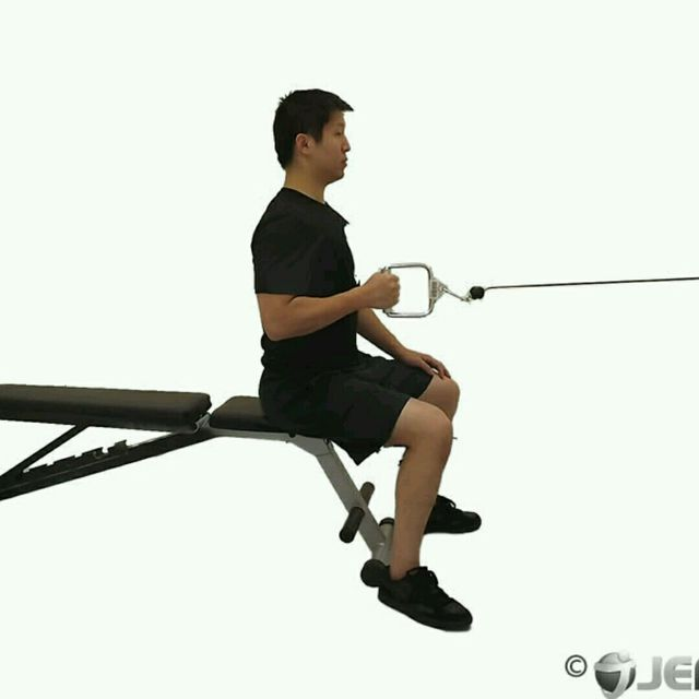How to do: CM One Arm Seated Row - Step 2