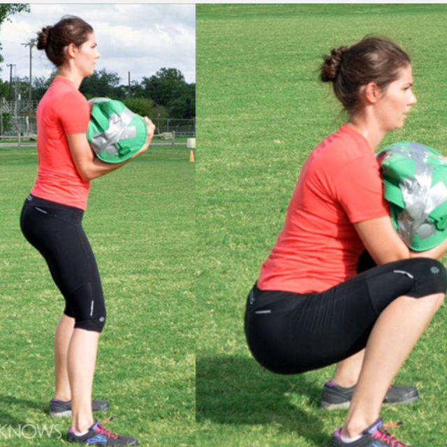 How to do: Sandbag Squat(20) - Step 1