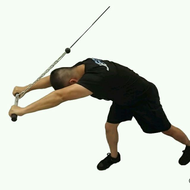 How to do: CM High Pulley Overhead Triceps Extensions - Step 2