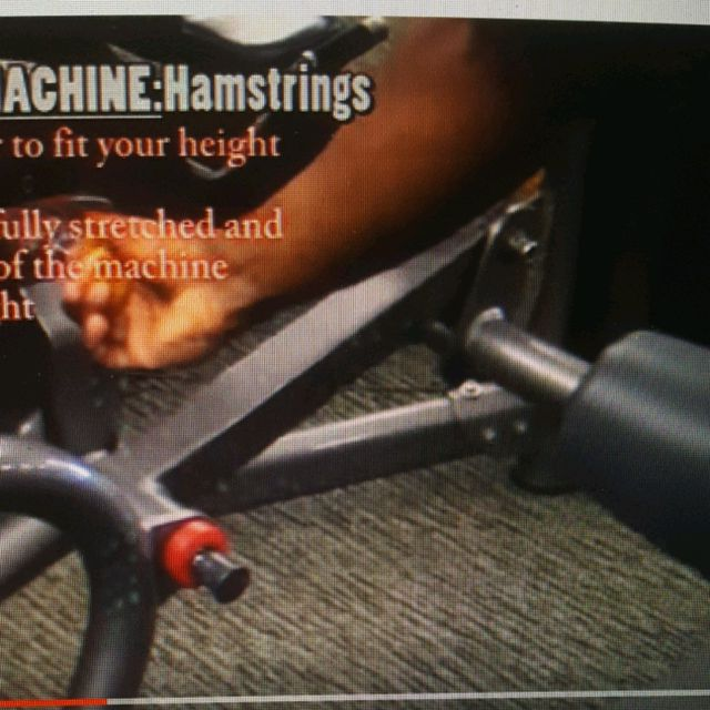 How to do: Machine: Lying Leg Curl - Step 4