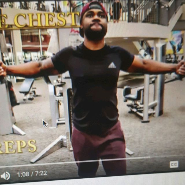 How to do: Middle Chest Fly - Step 1