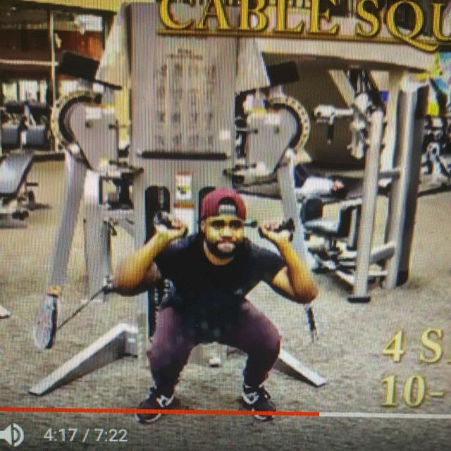 How to do: Cable Squat Press - Step 1