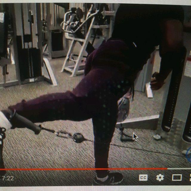How to do: One Legged Bent Cable Kickbacks - Step 3
