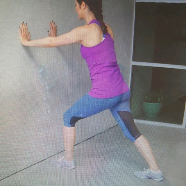 How to do: Stretch: Calf Lunge Left - Step 1