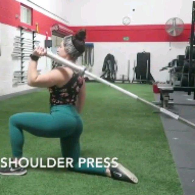 How to do: SINGLE ARM SHOULDER PRESS - Step 2