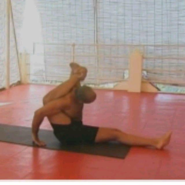How to do: Kala Bhairavasana Sequence - Step 9