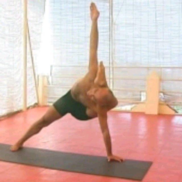 How to do: Kala Bhairavasana Sequence - Step 28