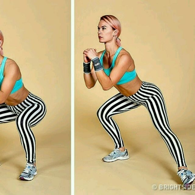 How to do: Isometric Squat with Toe Taps - Step 1