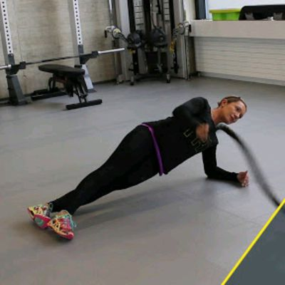 Battle Rope Side Plank Wave