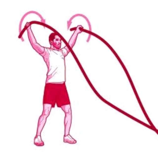 How to do: Battle Rope Shoulder Circles - Step 1
