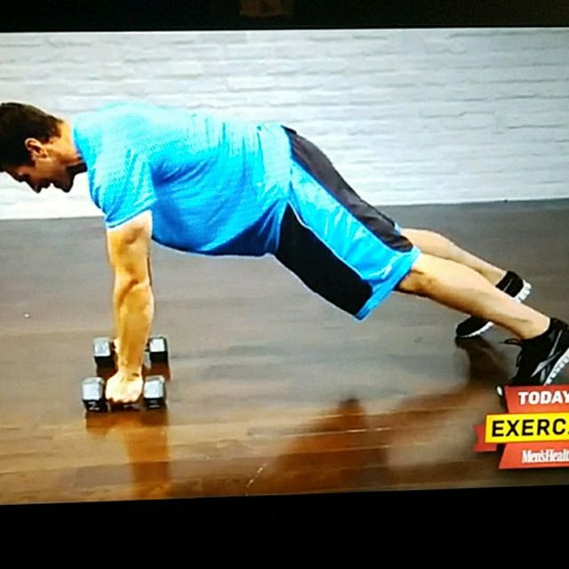 How to do: Pushup position 3lb Dumbbell row with Squat thrust - Step 1