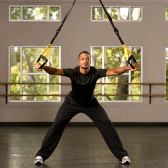 How to do: TRX Golf Swings - Step 1