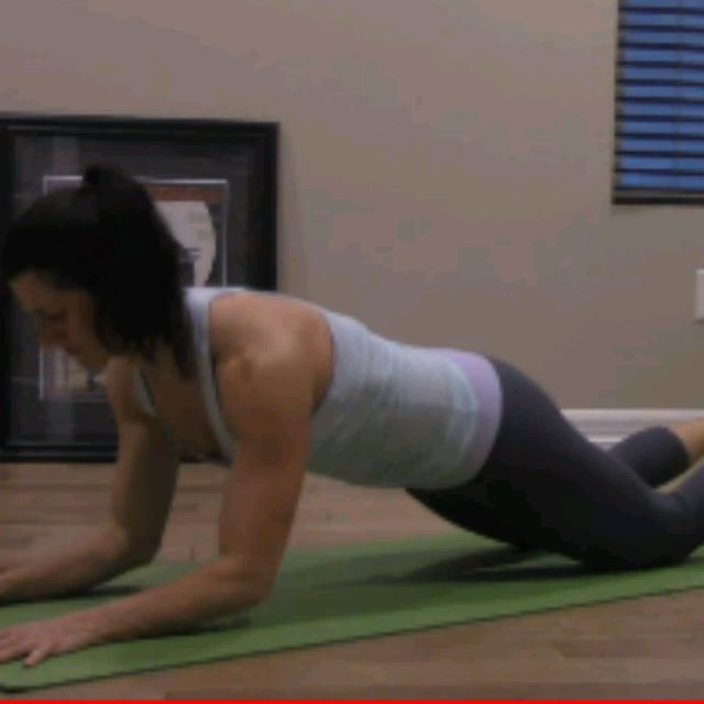 How to do: KNEELING SPHINX PUSH UPS - Step 2