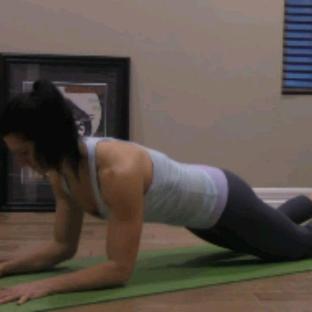 How to do: KNEELING SPHINX PUSH UPS - Step 8