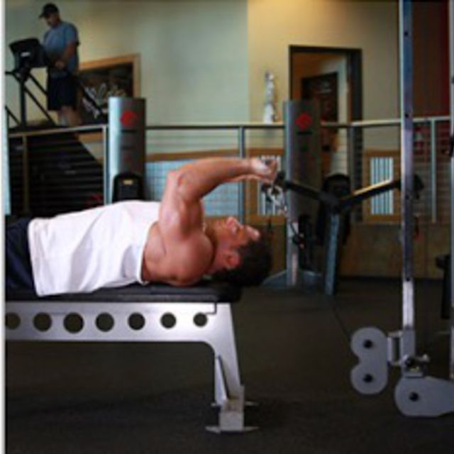 How to do: Cable Lying Triceps Extension - Step 1