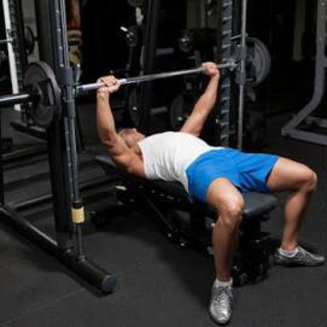How to do: Smith Machine Bench Press - Step 1