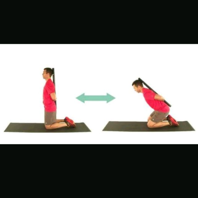 How to do: Kneeling Hip Hinge - Step 1