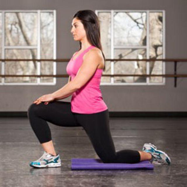 How to do: Kneeling Hip Flexor Stretch - Step 2